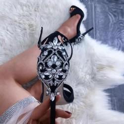 Chaussures escarpins femmes ornée de strass