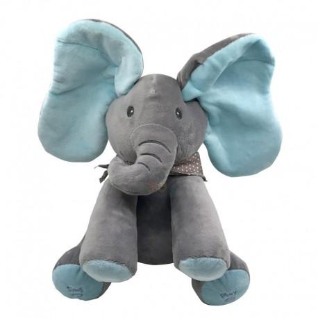 Jessy l'éléphant qui bouge ses oreilles